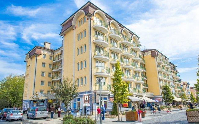 Gotthard Therme Hotel****